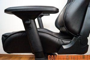4-D armrests