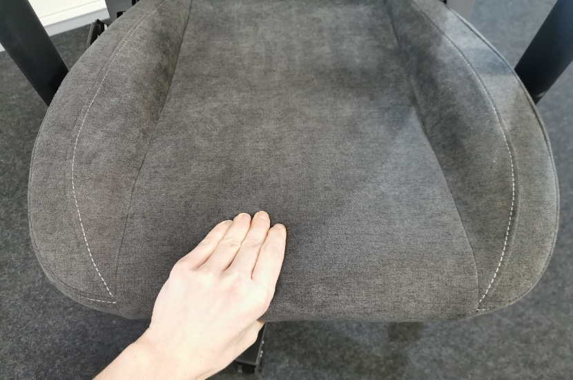 cushion-hardness-per-hand-touch