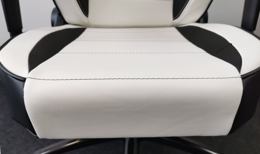 flat-side-panels-on-seat