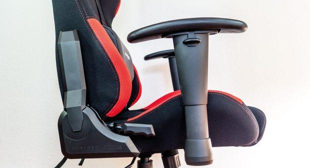 height-adjustable-armrests