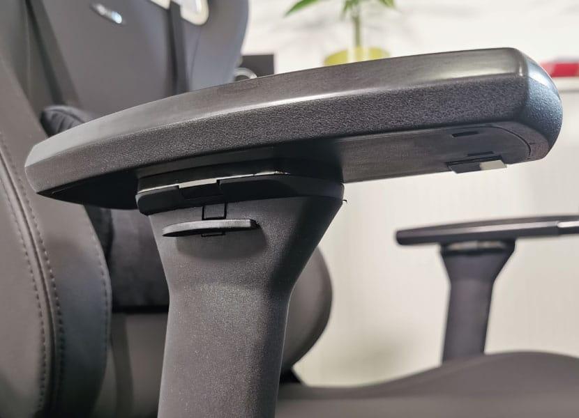 new-metal-armrest