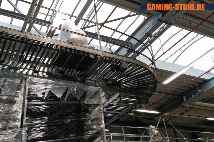 transport-chairs-to-hall-ceiling